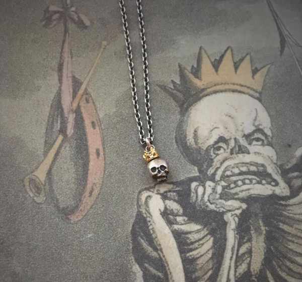 Queen Skull Pendant Silver & Gold Crown