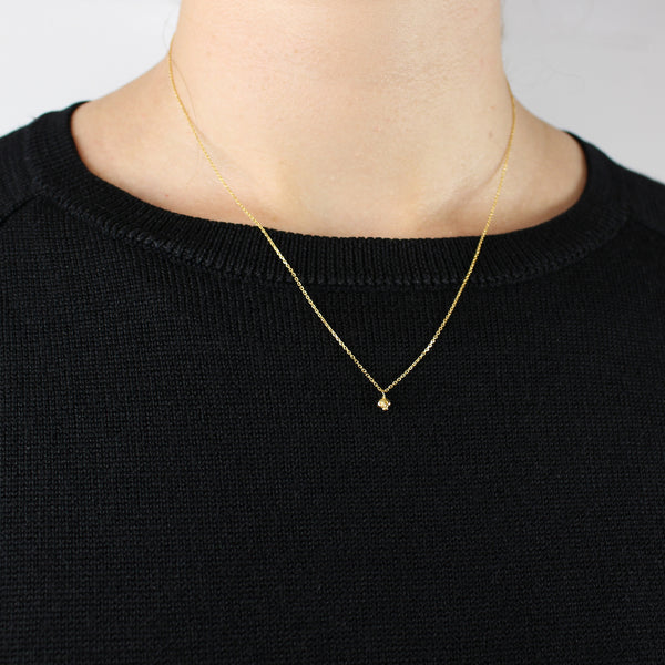 Micro Skull Necklace Gold