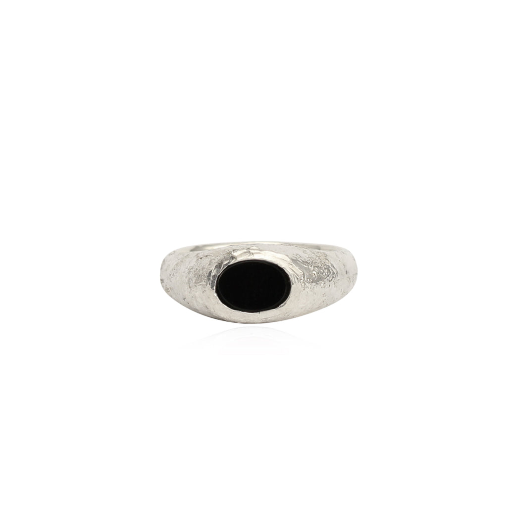 Rustic onyx signet ring small