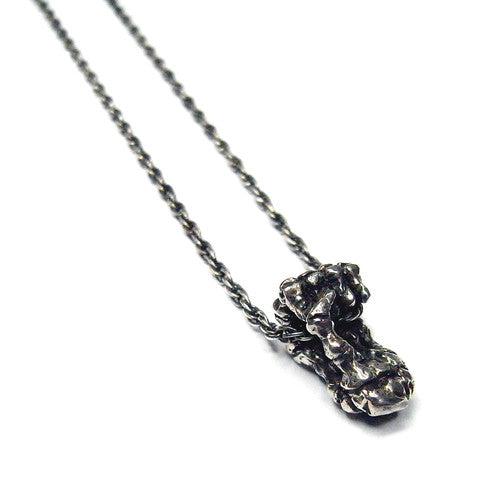 Single Skeleton Hand Necklace Silver Product Shot Sub 01
