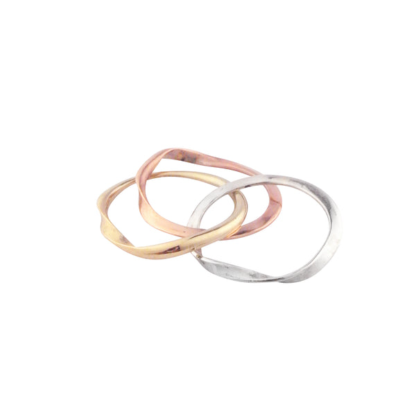 MOMOCREATURA tri-colour 9k gold gimmel ring