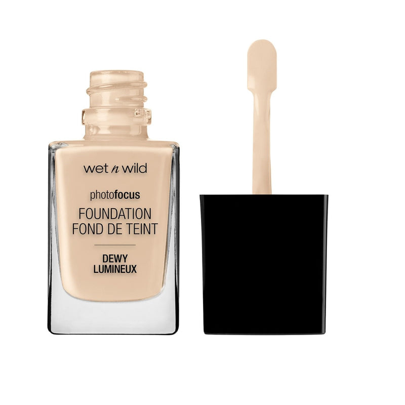 WET N WILD Photo Focus Dewy Foundation - Soft Ivory