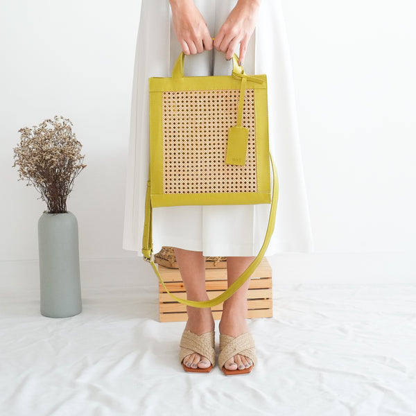 VERA Sia Solihaya Tote in Avocado Green Leather