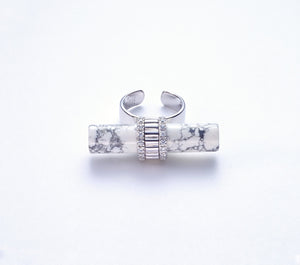 Ora with Howlite in Rhodium