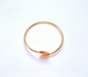 Piek Bangle in Gold with Orange Aventurine