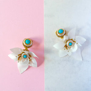VERA Cattleya Earrings in White