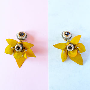 VERA Cattleya Earrings in Tuscan Yellow