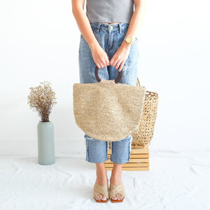 VERA Cora Tote with Brown Handle