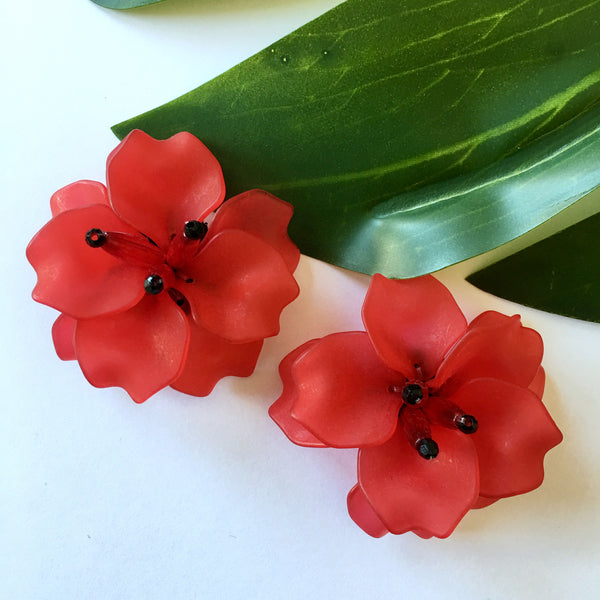 VERA Fleur de Lis Earrings in Red