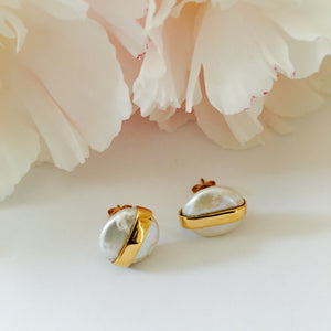 VERA Line Coin Pearl Earrings