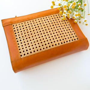 VERA Sia Solihaya Clutch in Tan Leather