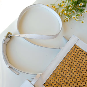 VERA Sia Solihaya Clutch in White Leather