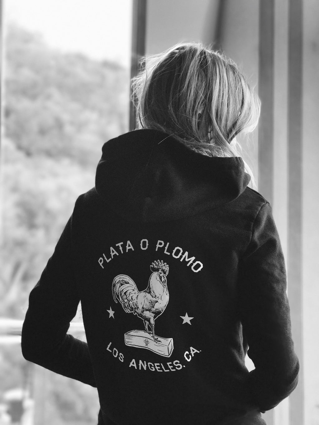 THE CHICKEN ON A BRICK | WOMENS ZIP-UP HOODIE - Plata O Plomo LA