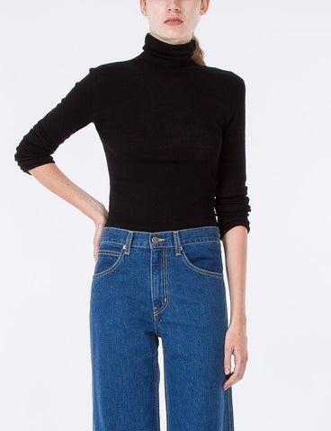 Simple Turtleneck High Twist