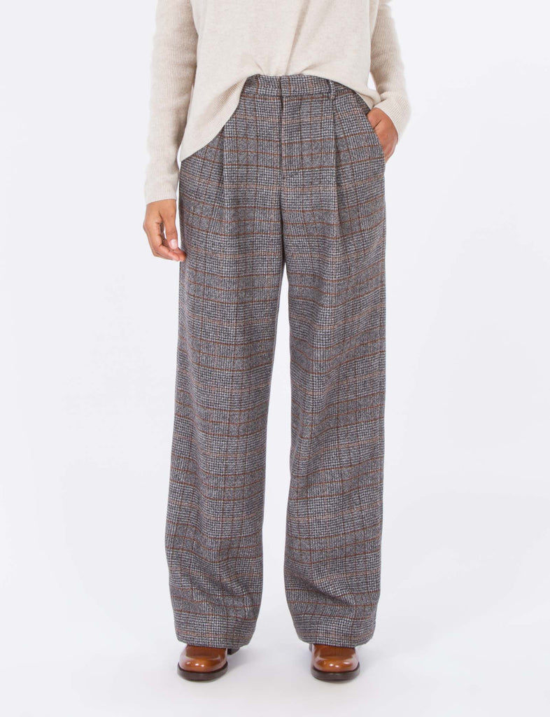 Harriette Pant Harris Tweed
