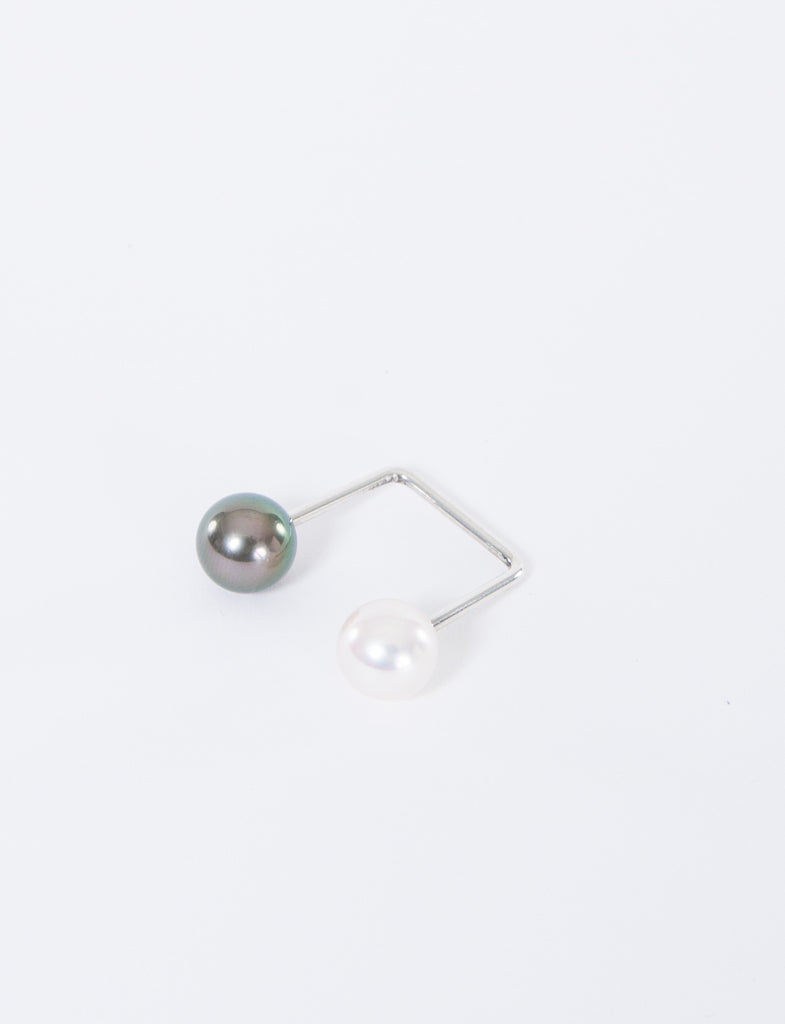 9mm Open Square Black/White Pearl Ring