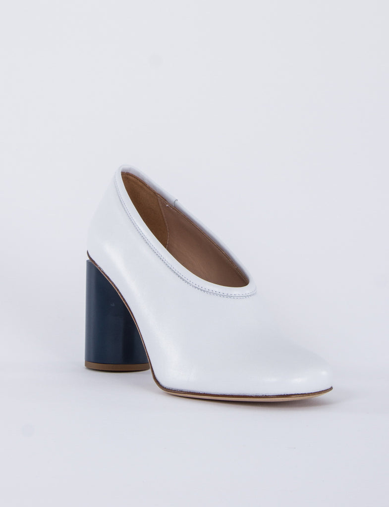 Amy High Cut Pump