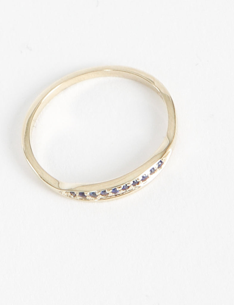 Trouve Ring Blue Sapphiress