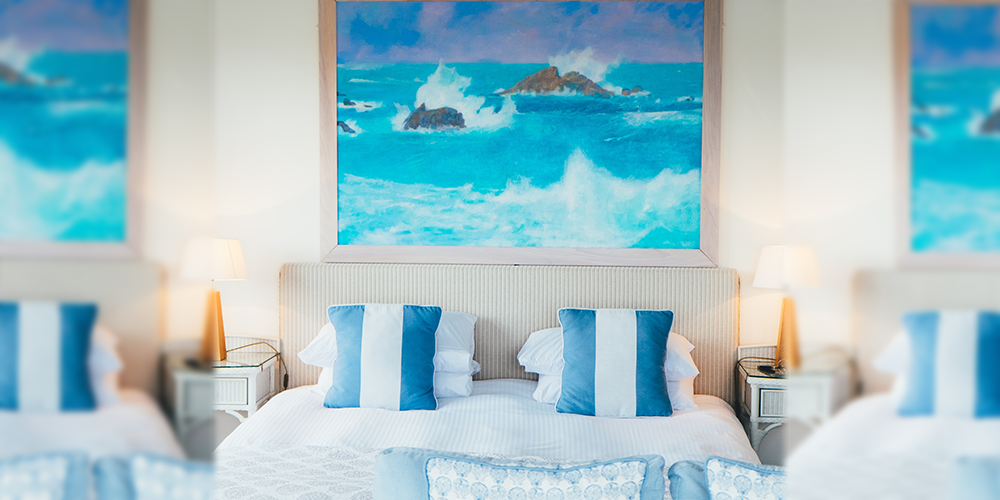 blue-colored-bedroom-decor