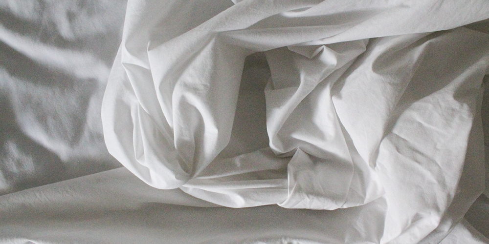 bed-sheets-white