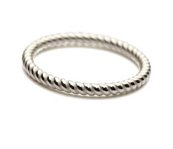Twisted Ring Size 55