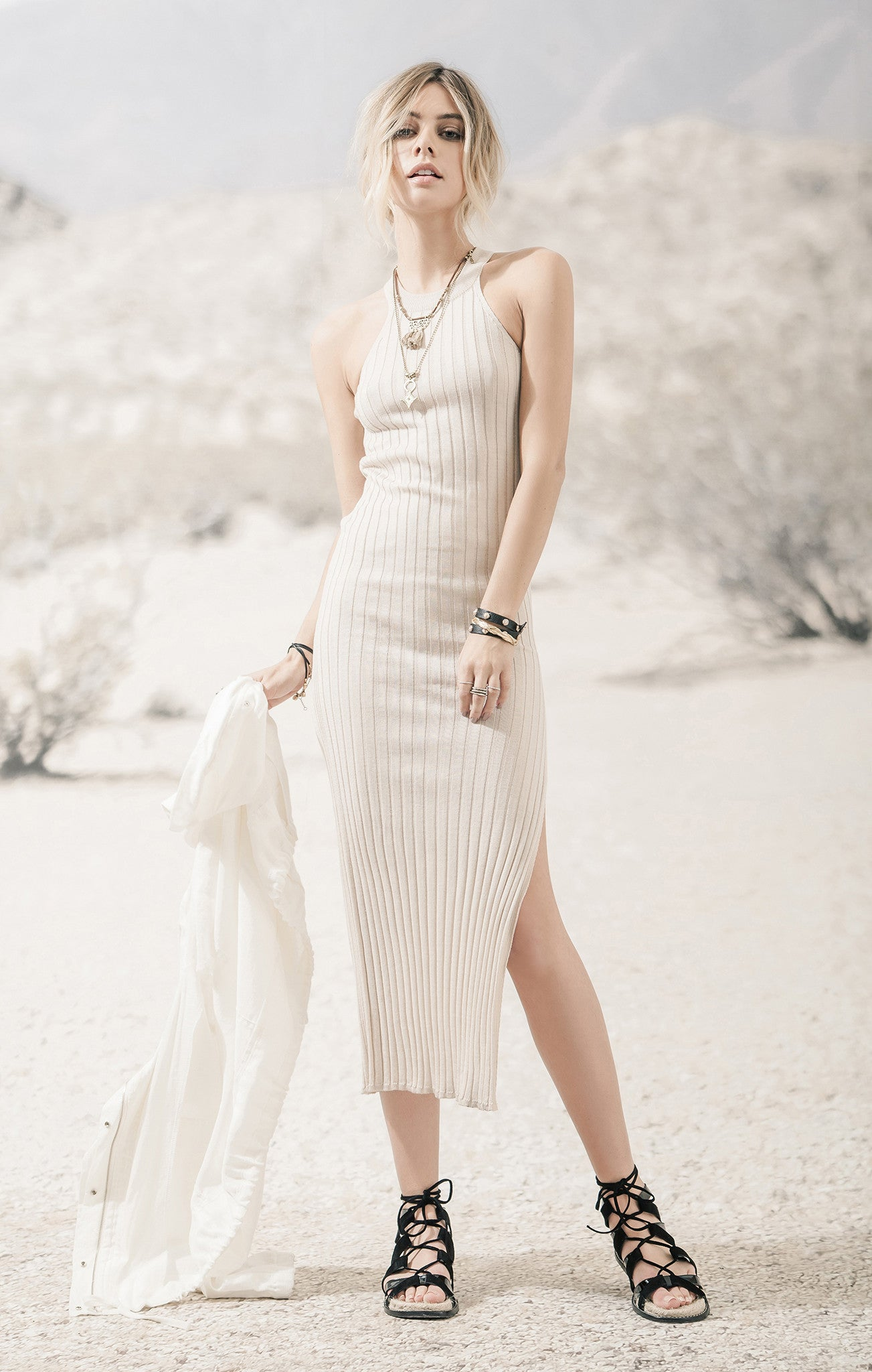 RIBBED DRESS WITH ONE SIDE SLIT
