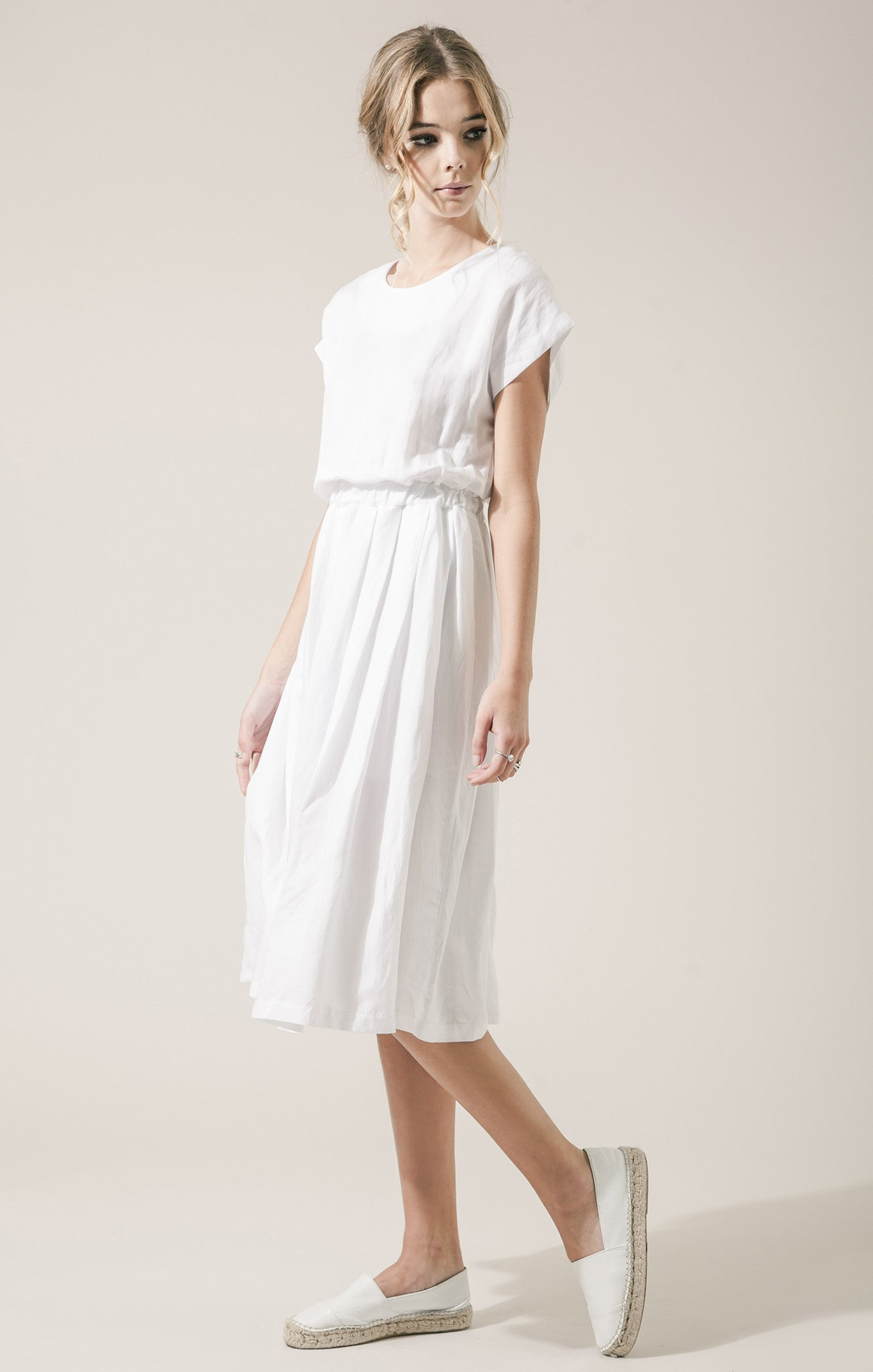 SOLID WOVEN DRESS