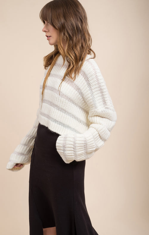 VARIATION TEXTURED SWEATER TOP