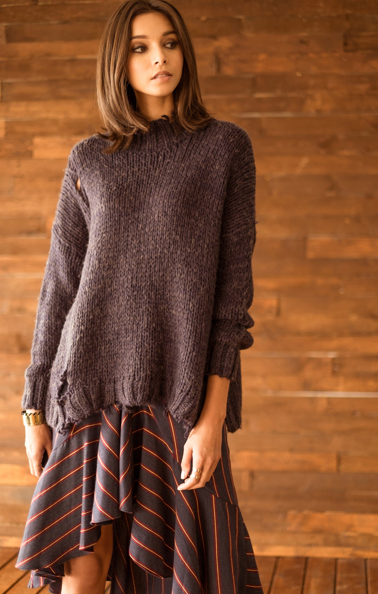DISTRESSED CHUNKY SWEATER