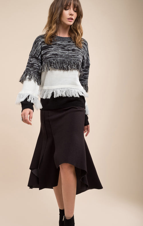 BLACK FRAYED MIXED SWEATER
