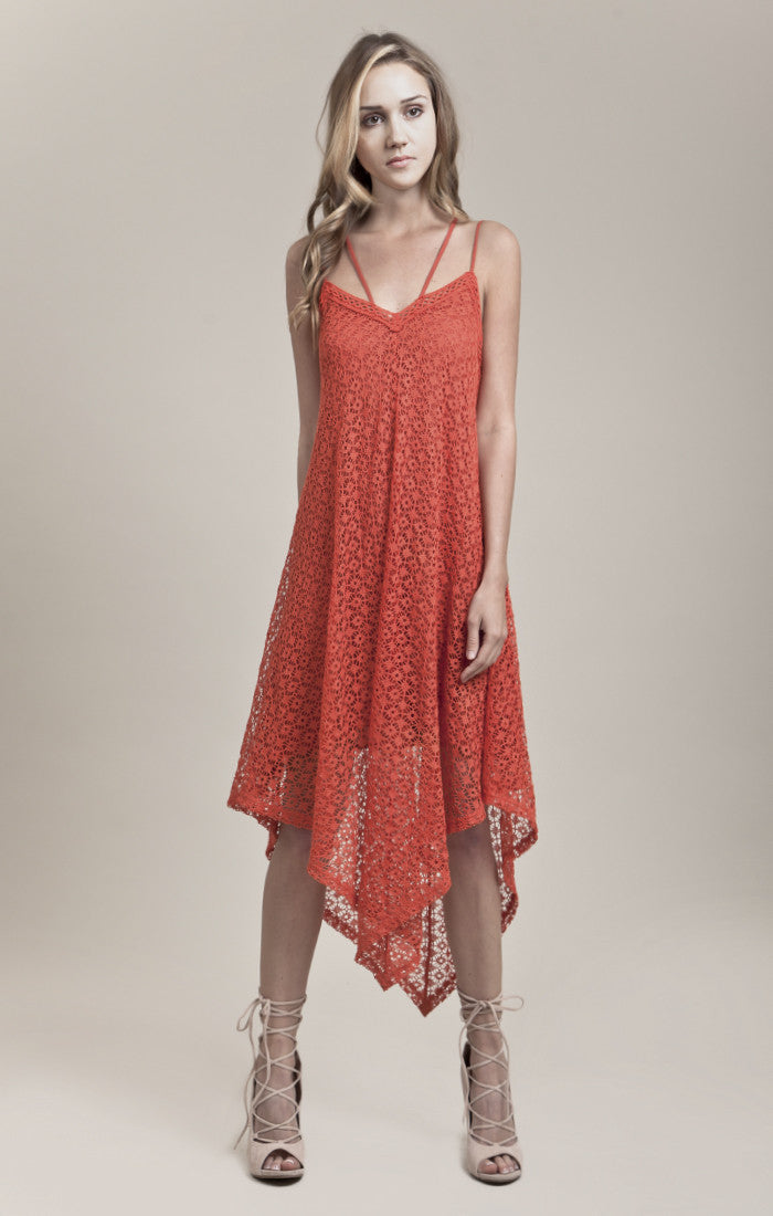 HANKERCHIEF HEM KNIT DRESS