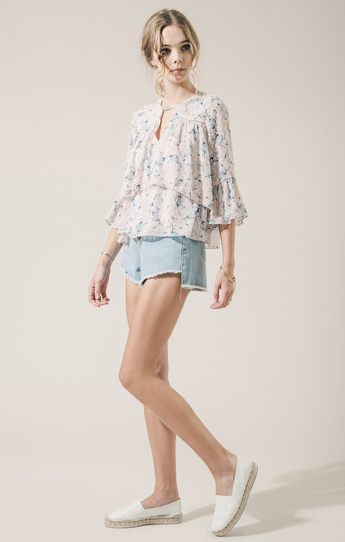 LAYERED FLORAL PRINT TOP
