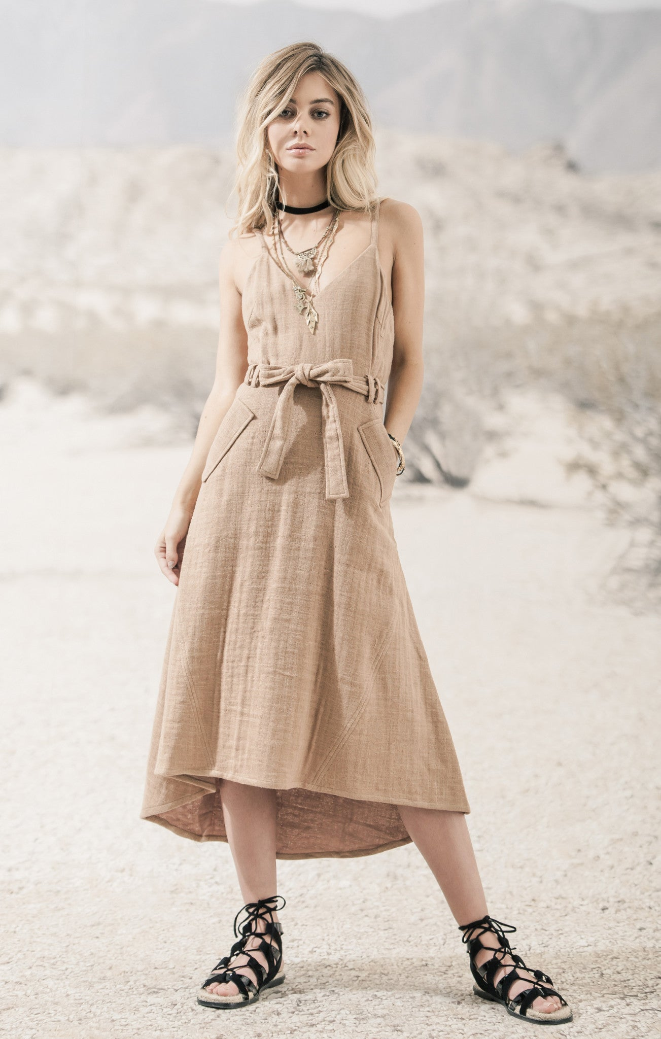 BELTED SOLID LINEN DRESS