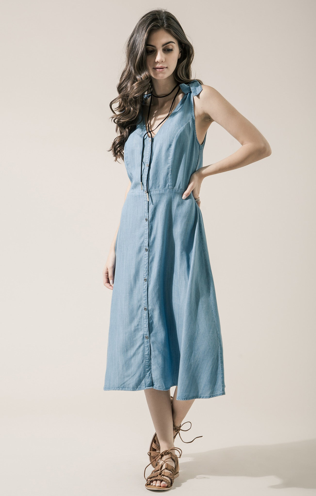 CHAMBRAY DRESS WITH TIE DETAILS
