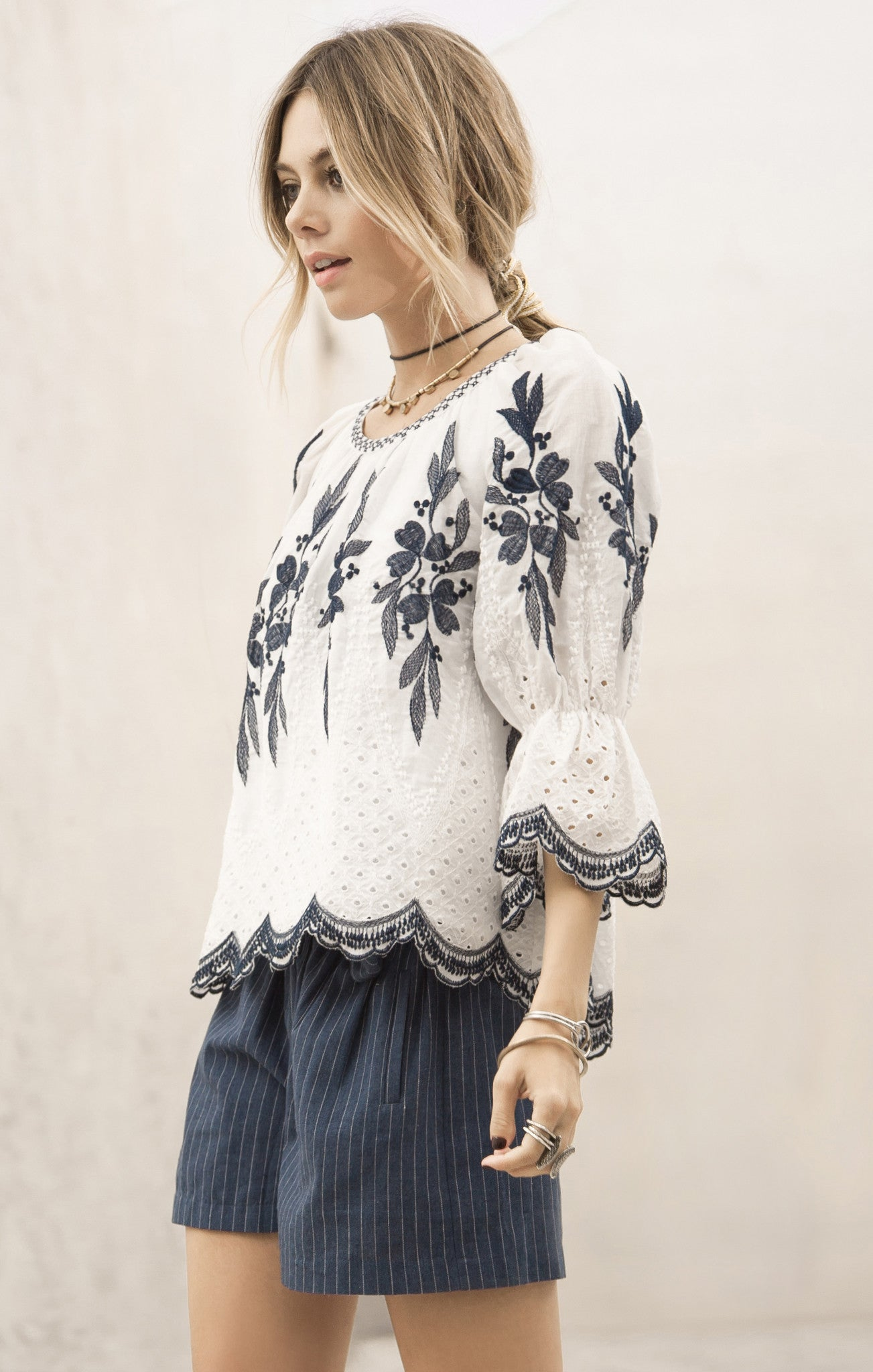 EMBROIDERED NECKLINE LACE TOP