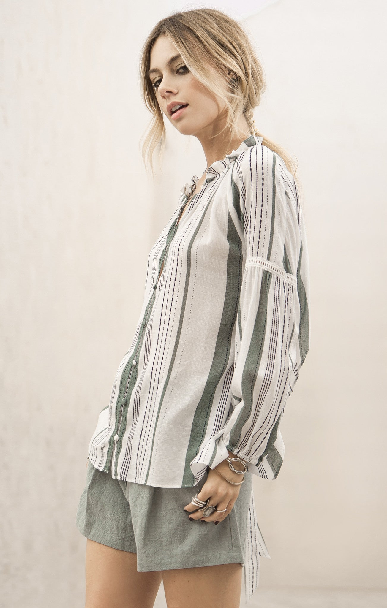 BACK TIE STRIPE SHIRT