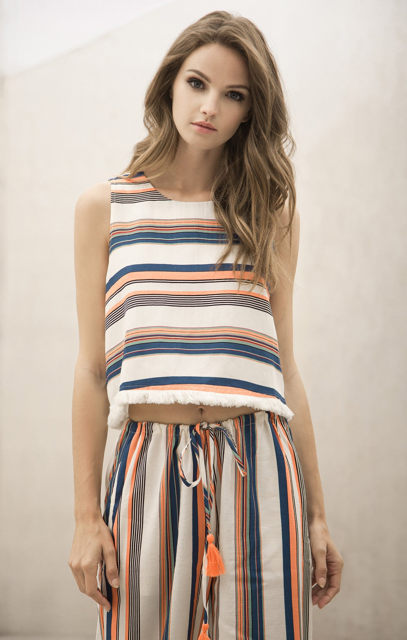STRIPE TOP WITH BACK OPENING