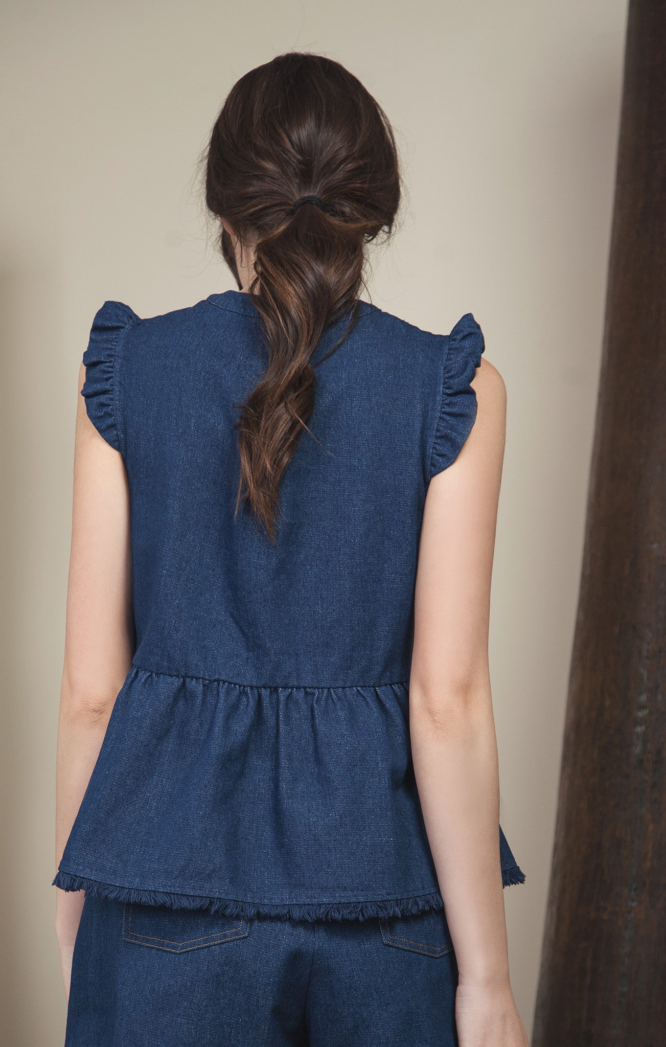 EYELET EMBROIDERED SLEEVELESS TOP