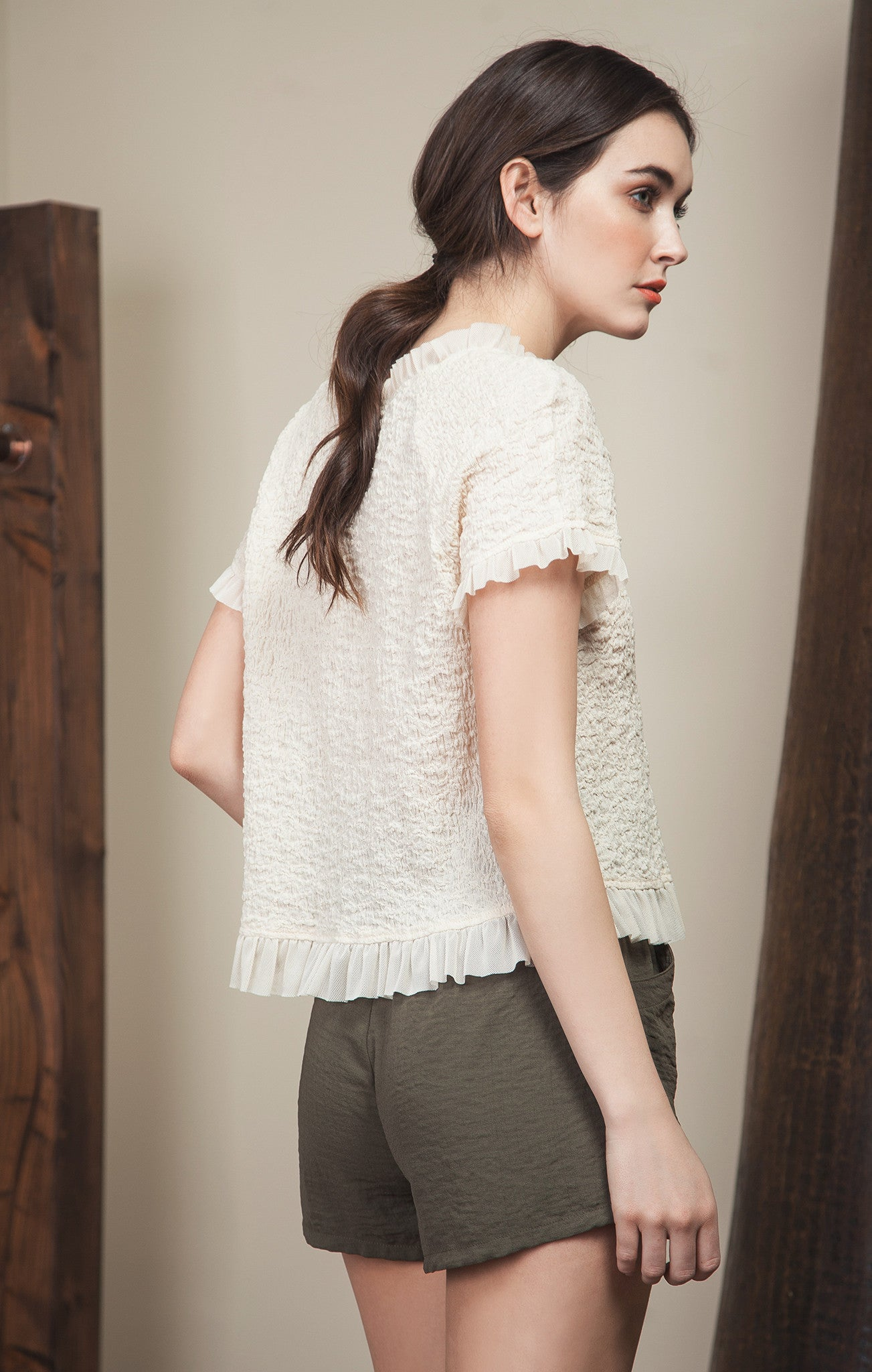 SHORT SLEEVE TEXTURED TOP