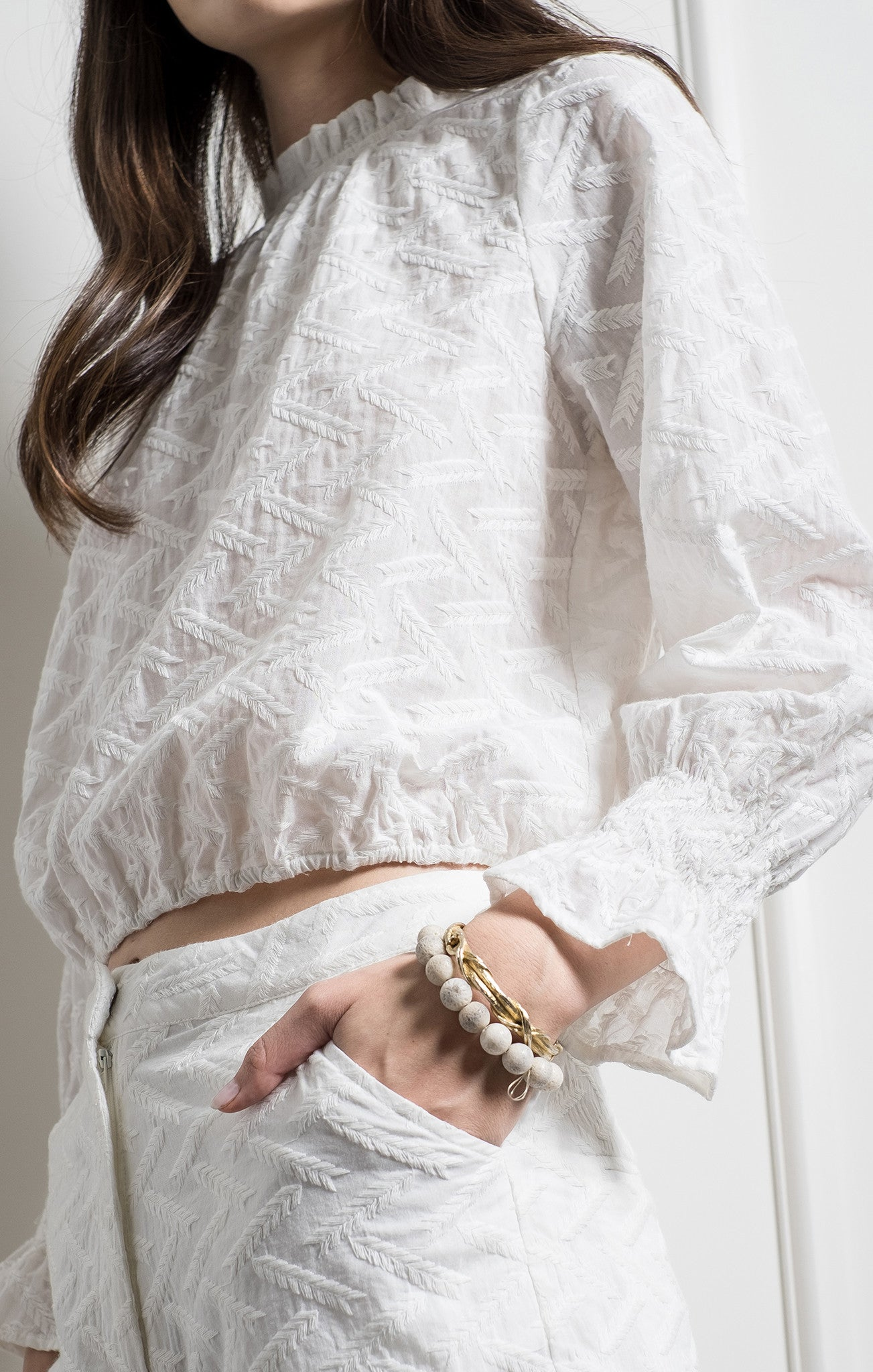RUFFLE DETAILED TOP