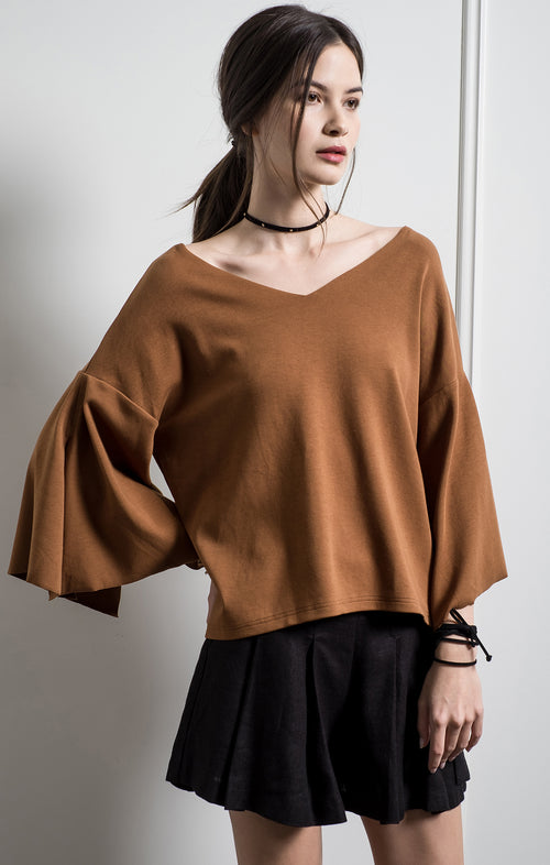 SLIT DETAILED 3/4 SLEEVE TOP