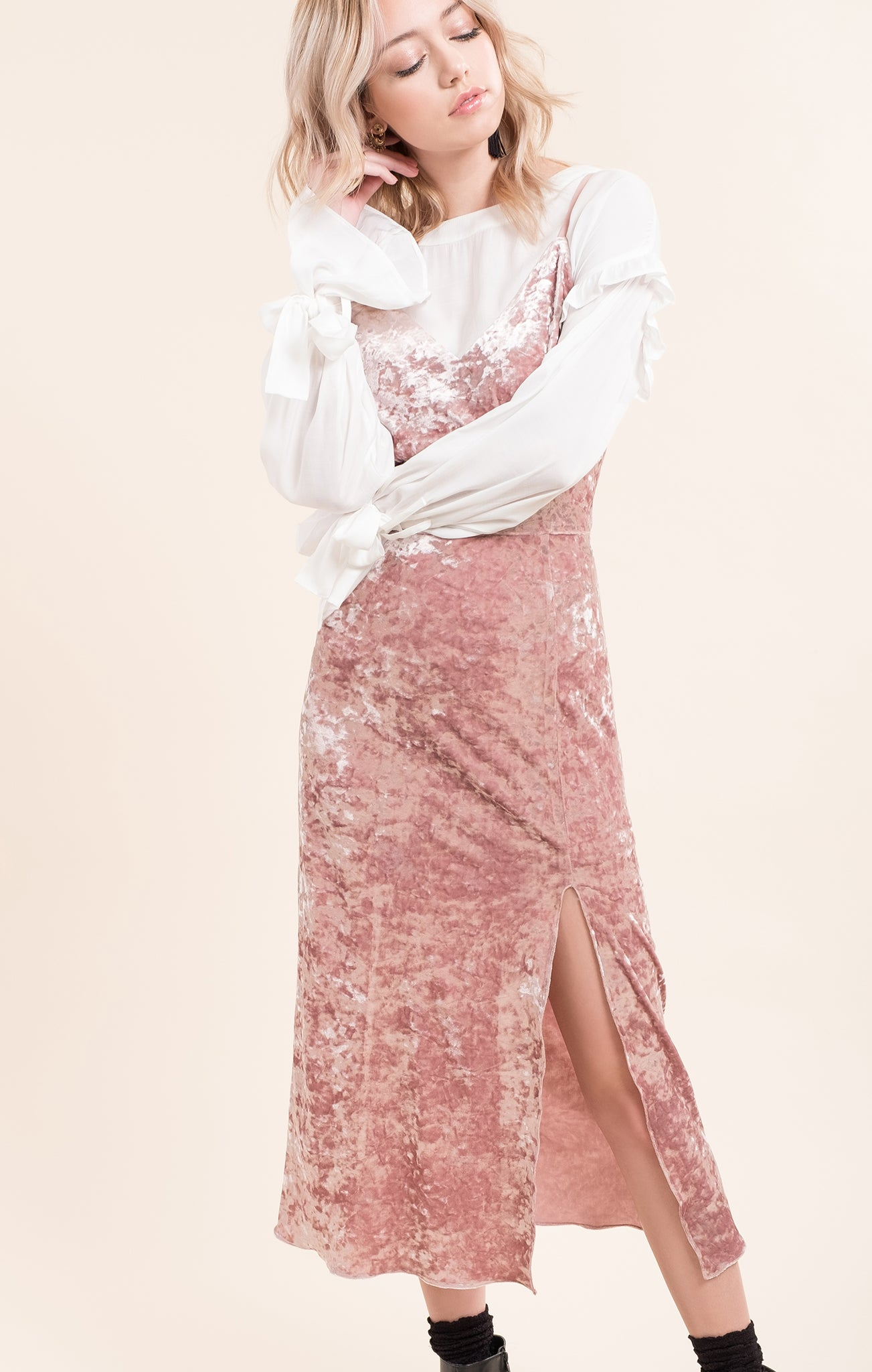VELVET LONG DRESS WITH