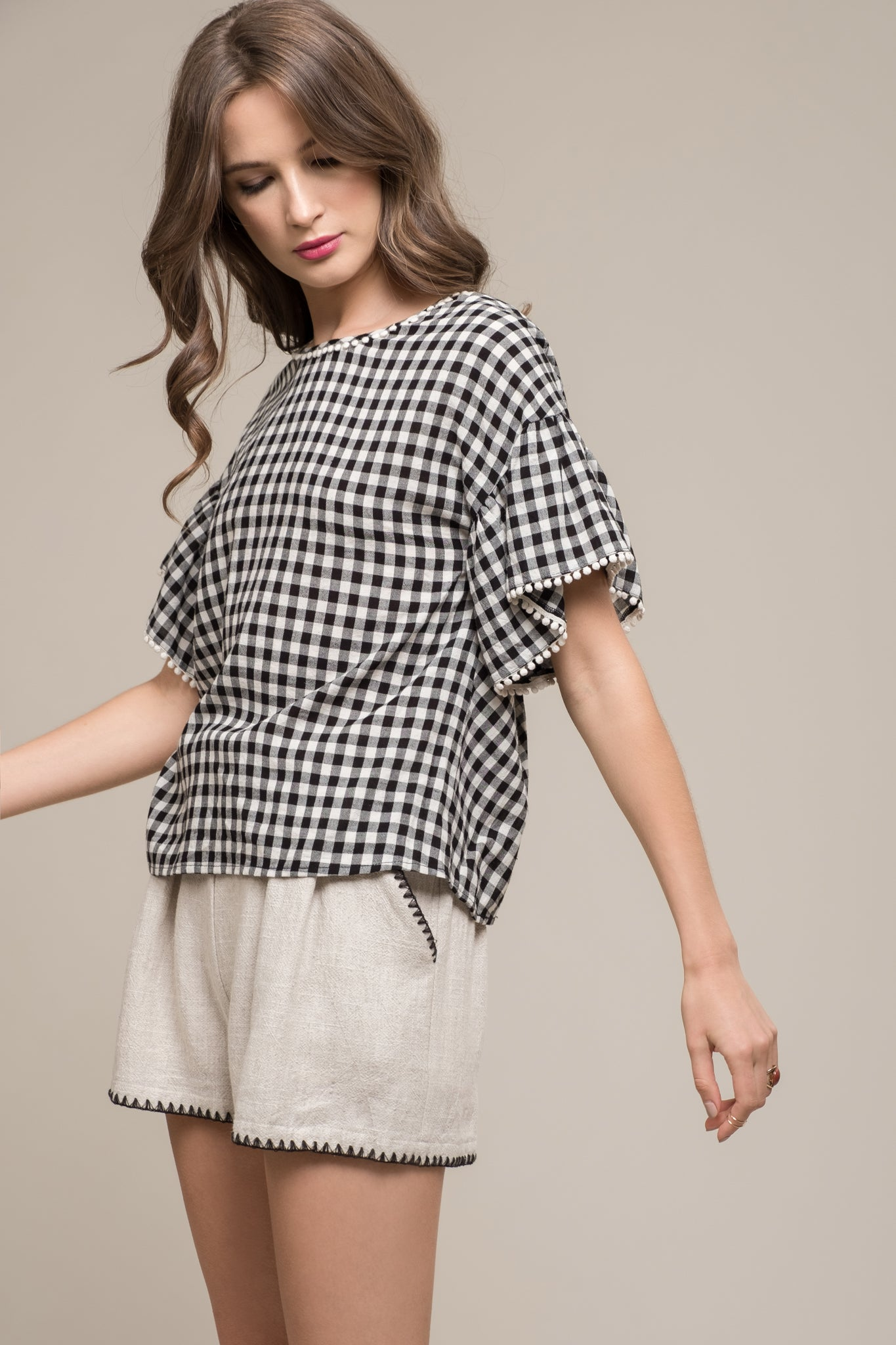 FRILL SLEEVES TOP WITH BACK TWIST