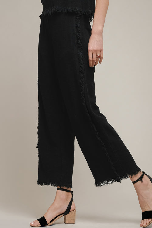 WIDE LEG FRAYED TRIM EDGED PANTS