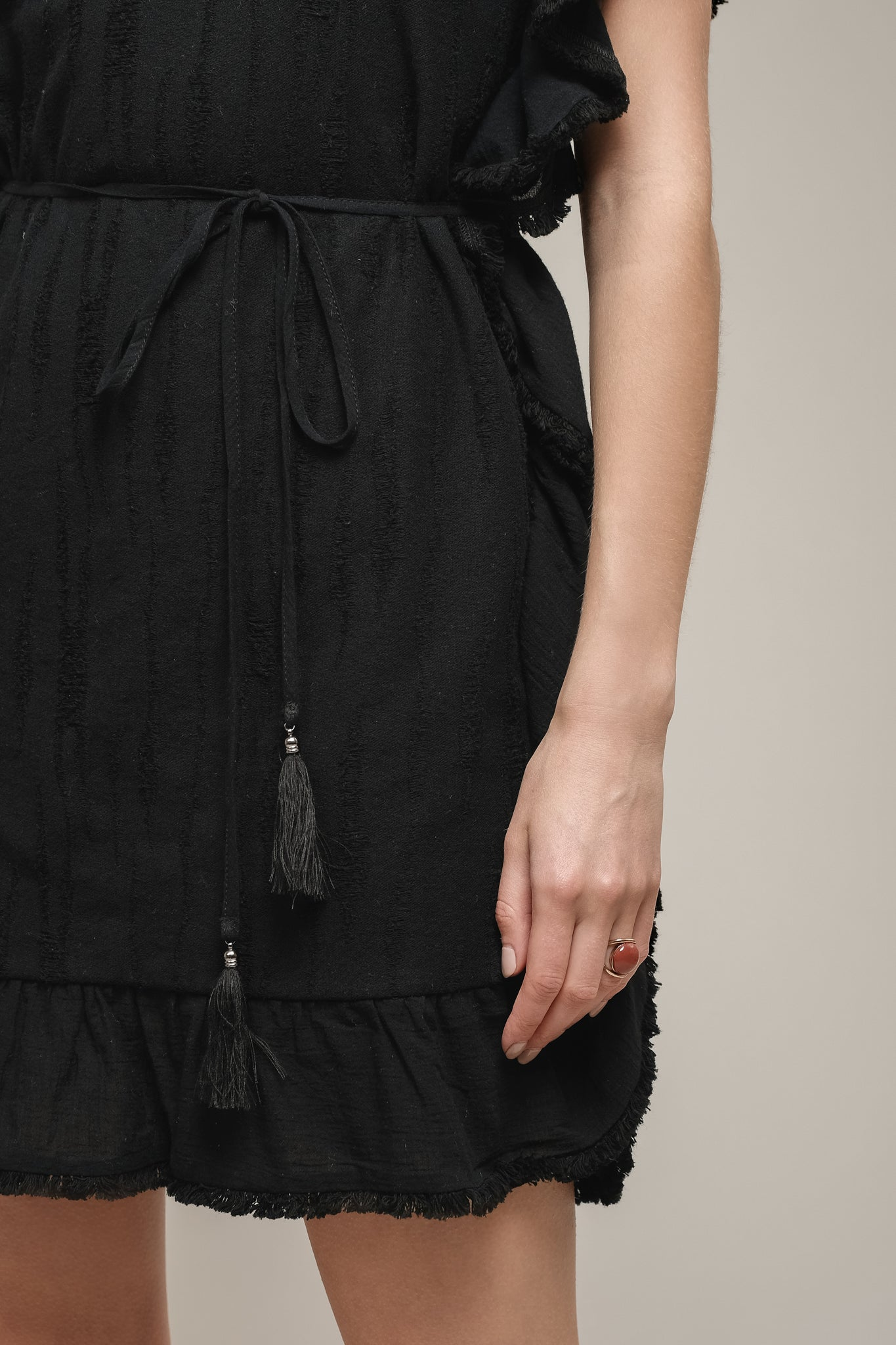 FRILL EDGE TUNIC WITH WAIST TIE