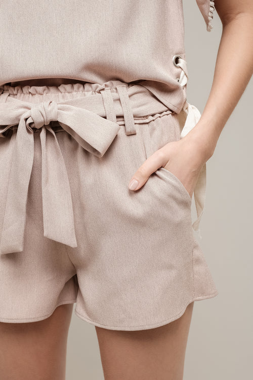 SHORTS WITH FRONT BOW TIE