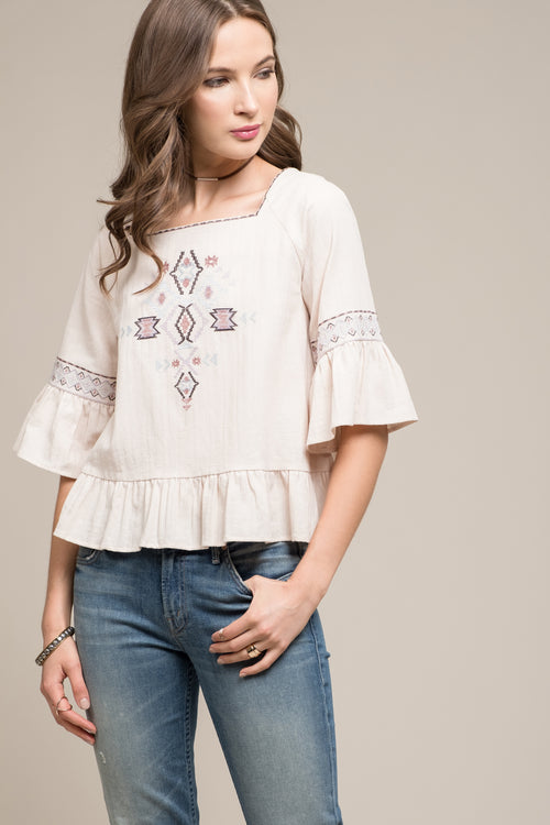 EMBROIDERED 3/4 RUFFLE SLEEVE TOP