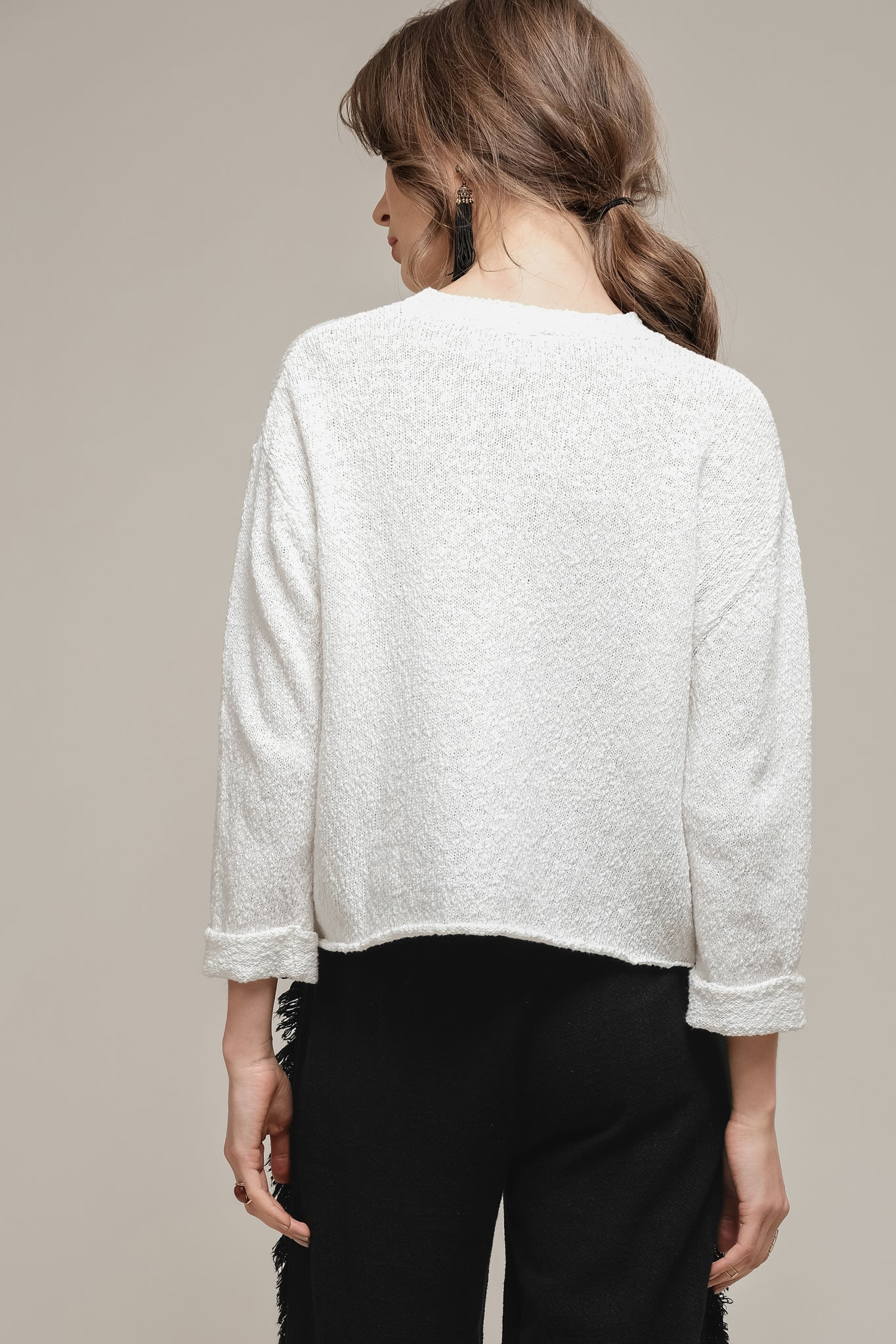 BOXY SWEATER WITH WIDE SLEEVES