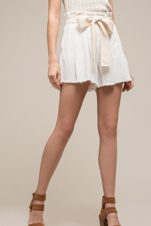 PAPERBAG SHORTS WITH WAIST TIE
