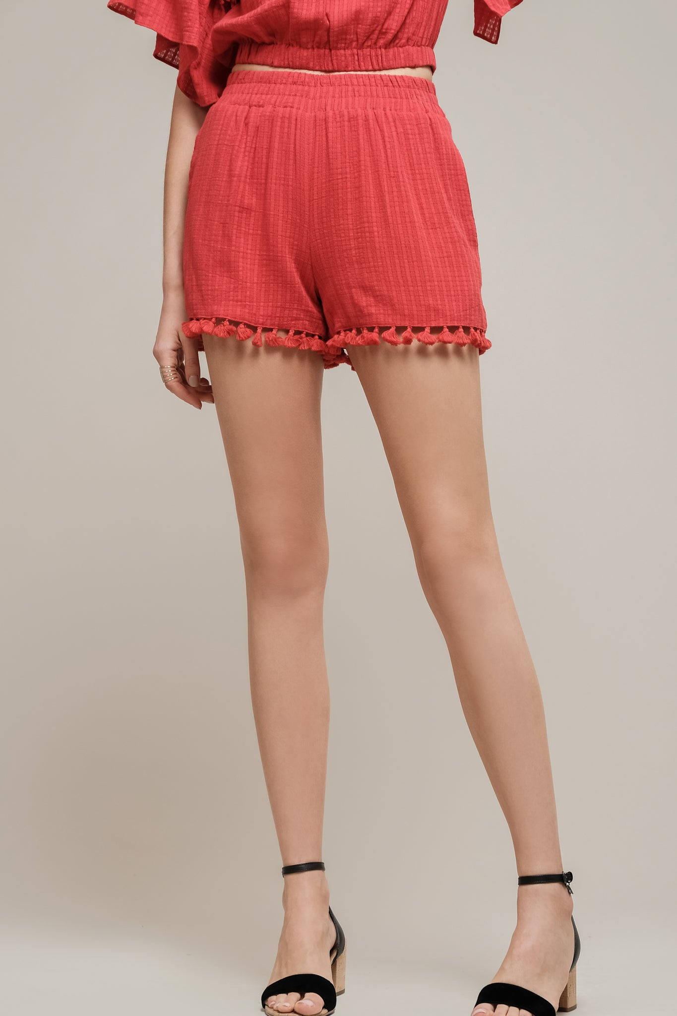 ELASTIC WAIST SHORTS WITH LACE TRIM